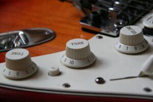 guitar-1576292__340