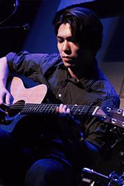 新宿,ギター,教室,レッスン,エレキ,アコギ,習う,初心者,講師,右近輝明